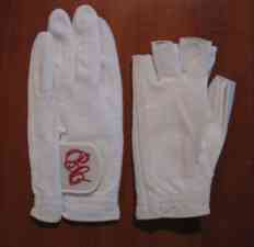 Tennis gloves