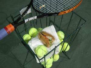 Tennis basket